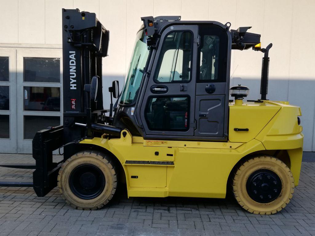 Hyundai-70D-9-Dieselstapler www.ffb-gabelstapler.de