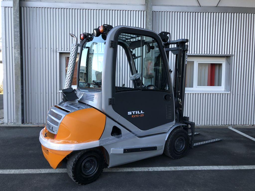 Still-RX 70-25-Dieselstapler-www.fiegl-gabelstapler.de