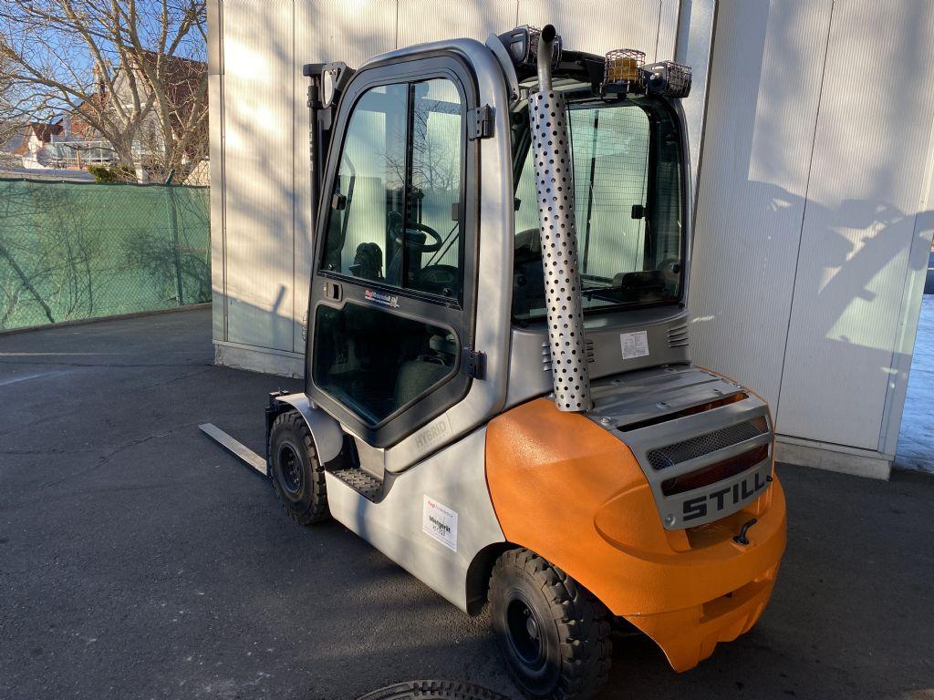 Still-RX 70-22-Dieselstapler-www.fiegl-gabelstapler.de