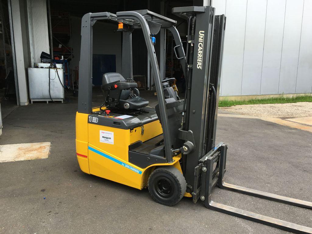 TCM-FTB13 E1-Elektro 3 Rad-Stapler-www.fiegl-gabelstapler.de