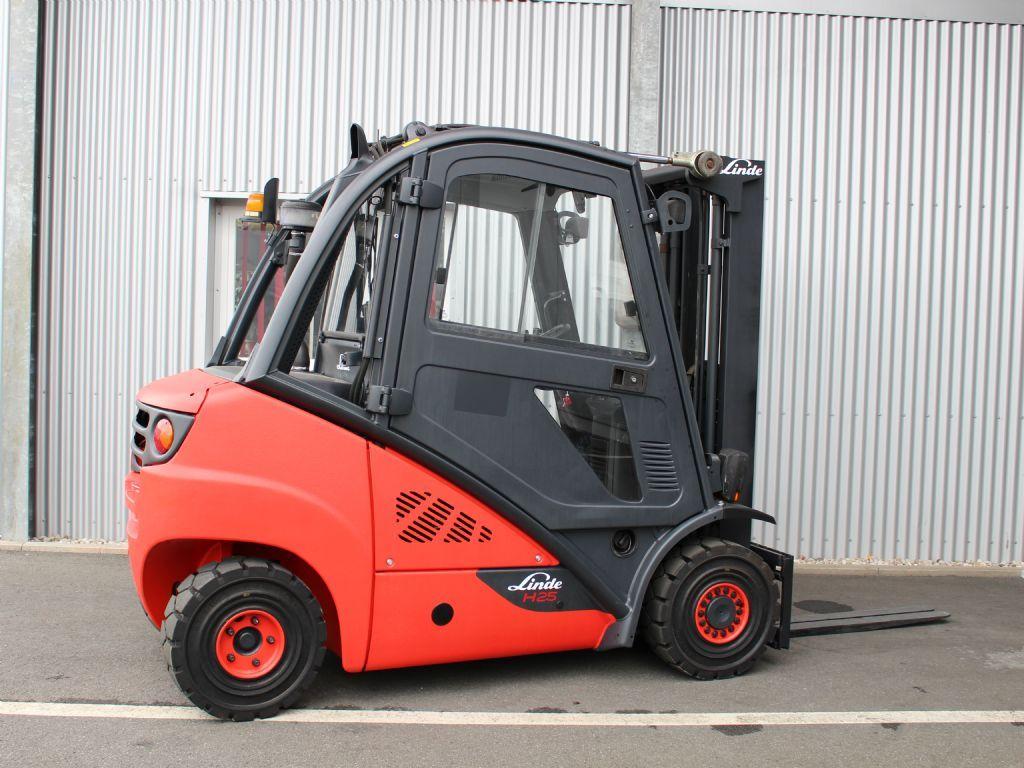 Linde-H 25 D-Dieselstapler-www.fiegl-gabelstapler.de