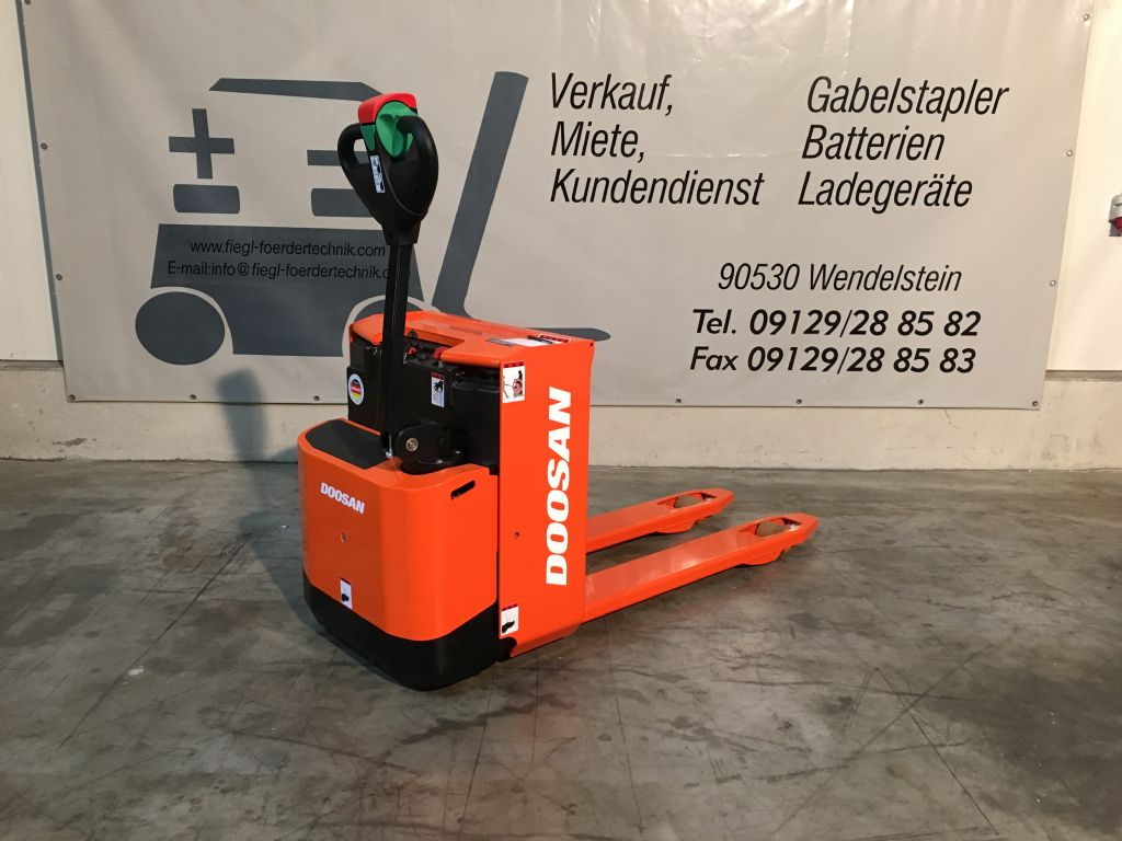 Doosan-LEDH 20-Niederhubwagen-www.fiegl-gabelstapler.de