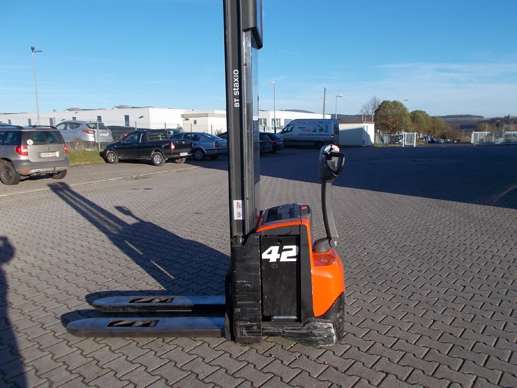 BT SWE120 Hochhubwagen www.filler-gmbh.de