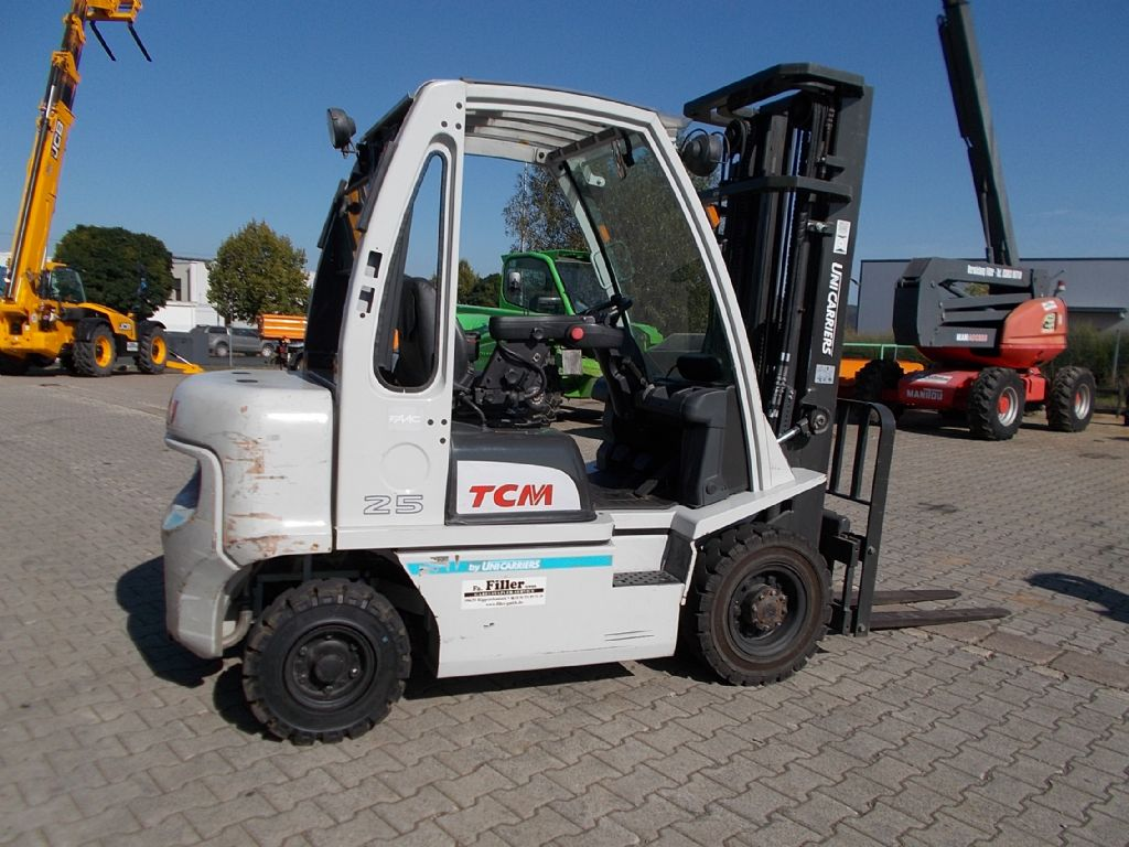 TCM FD25-E1 Dieselstapler www.filler-gmbh.de