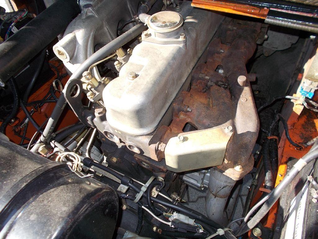 Nissan VF05H60U Dieselstapler www.filler-gmbh.de