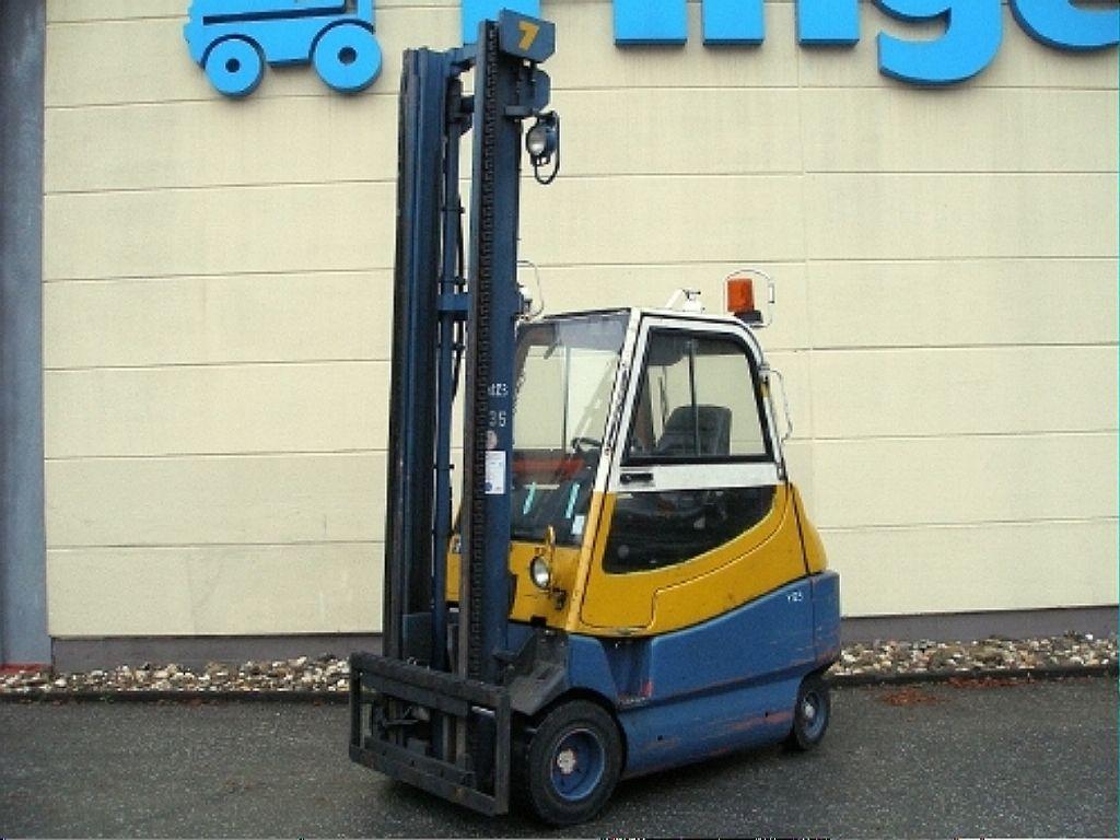Linde-E 30 H-Elektro 4 Rad-Stapler-www.gabelstapler-finger.com