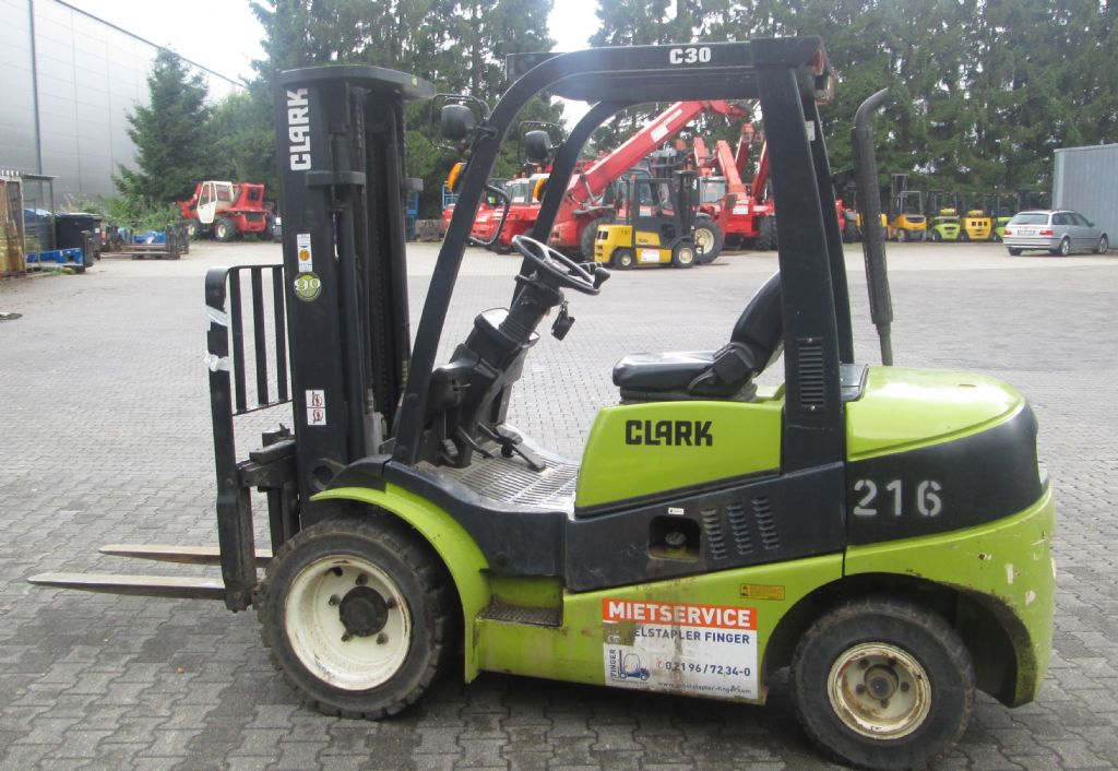 Clark-C 30 D-Dieselstapler-www.gabelstapler-finger.com