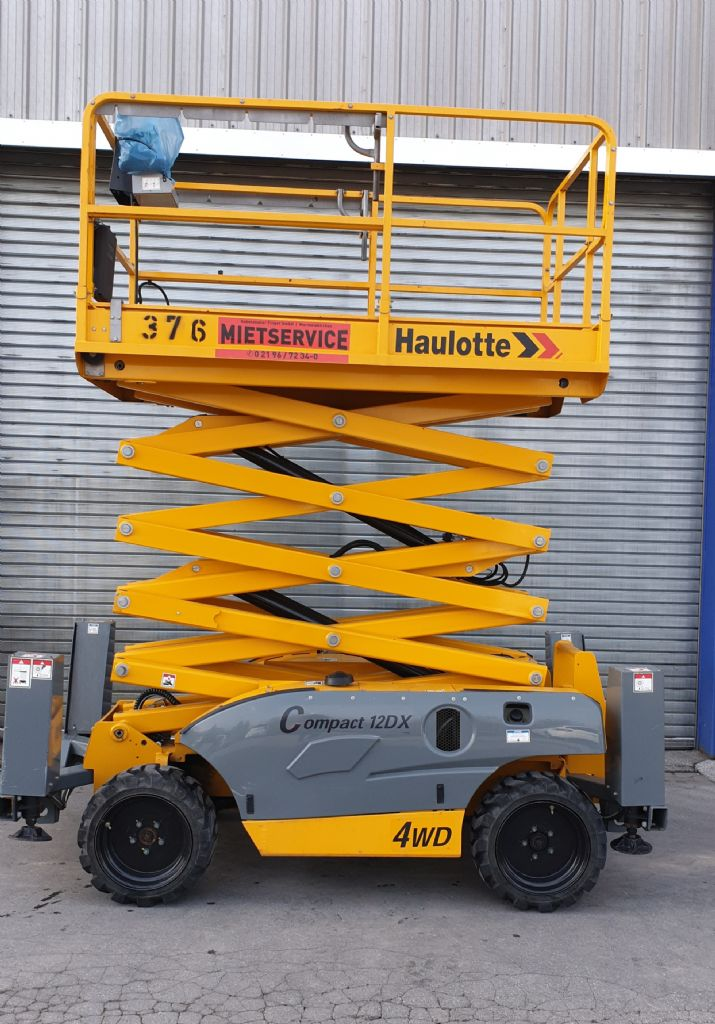 Haulotte-Compact 12 DX-Scherenarbeitsbühne-www.gabelstapler-finger.com