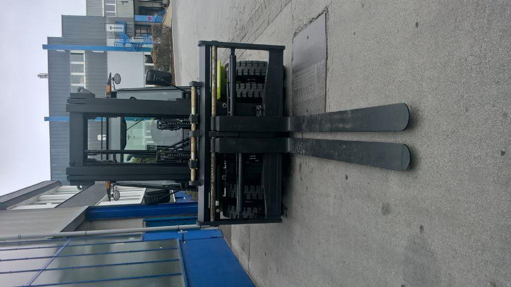 Clark-C 80 D-Dieselstapler-www.gabelstapler-finger.com