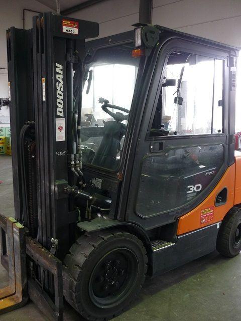 Doosan-D30S-5-Dieselstapler-www.fischer-gabelstapler.de