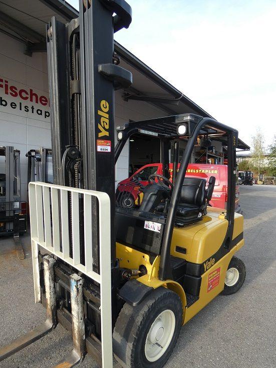 Yale-GDP 30-Dieselstapler-www.fischer-gabelstapler.de