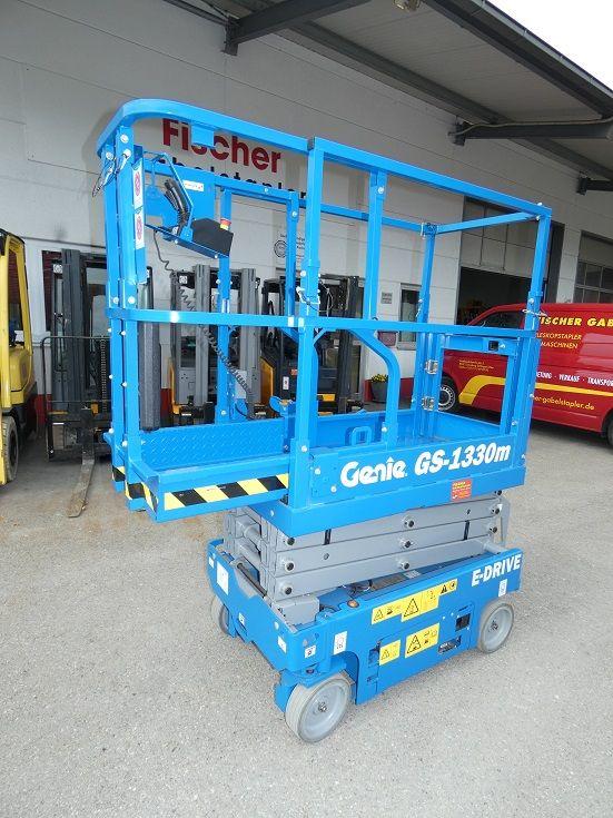 Genie-GS 1330-Scherenarbeitsbühne-www.fischer-gabelstapler.de