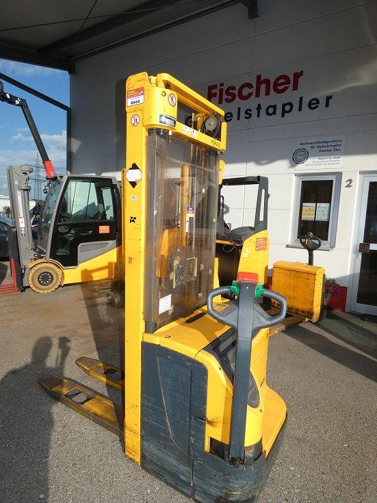 Jungheinrich-EJC 214G-Deichselstapler-www.fischer-gabelstapler.de