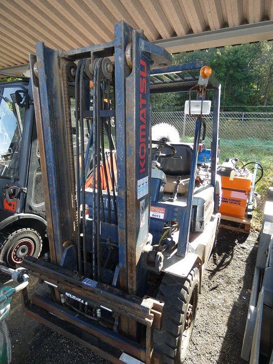Komatsu-FG 20-Treibgasstapler-www.fischer-gabelstapler.de