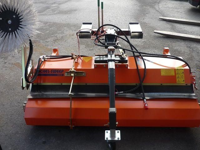 Tuchel-ECO 180-Kehrmaschinen-www.fischer-gabelstapler.de