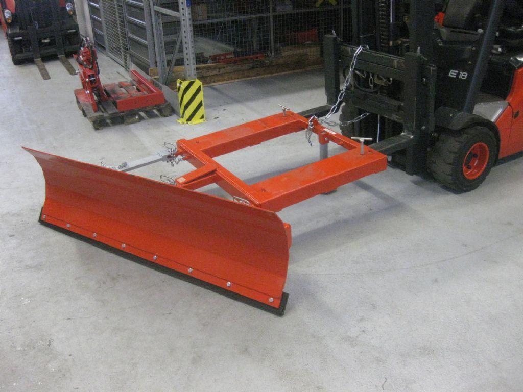 *Sonstige-Schneeschieber 1500mm NEU passt für Linde STILL Jungheinrich-Schneeschieber-www.fleischmann-foerdertechnik.de