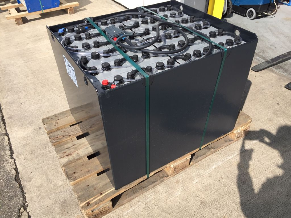 *Sonstige-48V Batterie 750AH Bj.2016-Antriebsbatterie-www.fleischmann-foerdertechnik.de