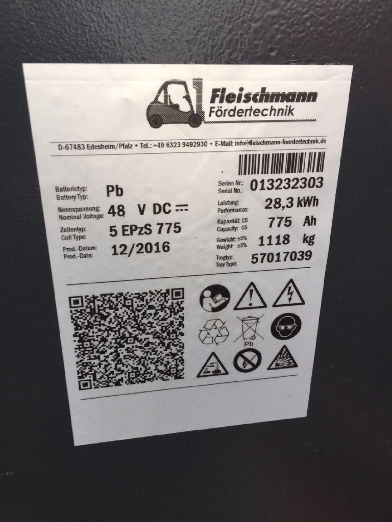 Linde-E 16 PH-01 Triplex STVO Batterie 2016-Elektro 4 Rad-Stapler-www.fleischmann-foerdertechnik.de