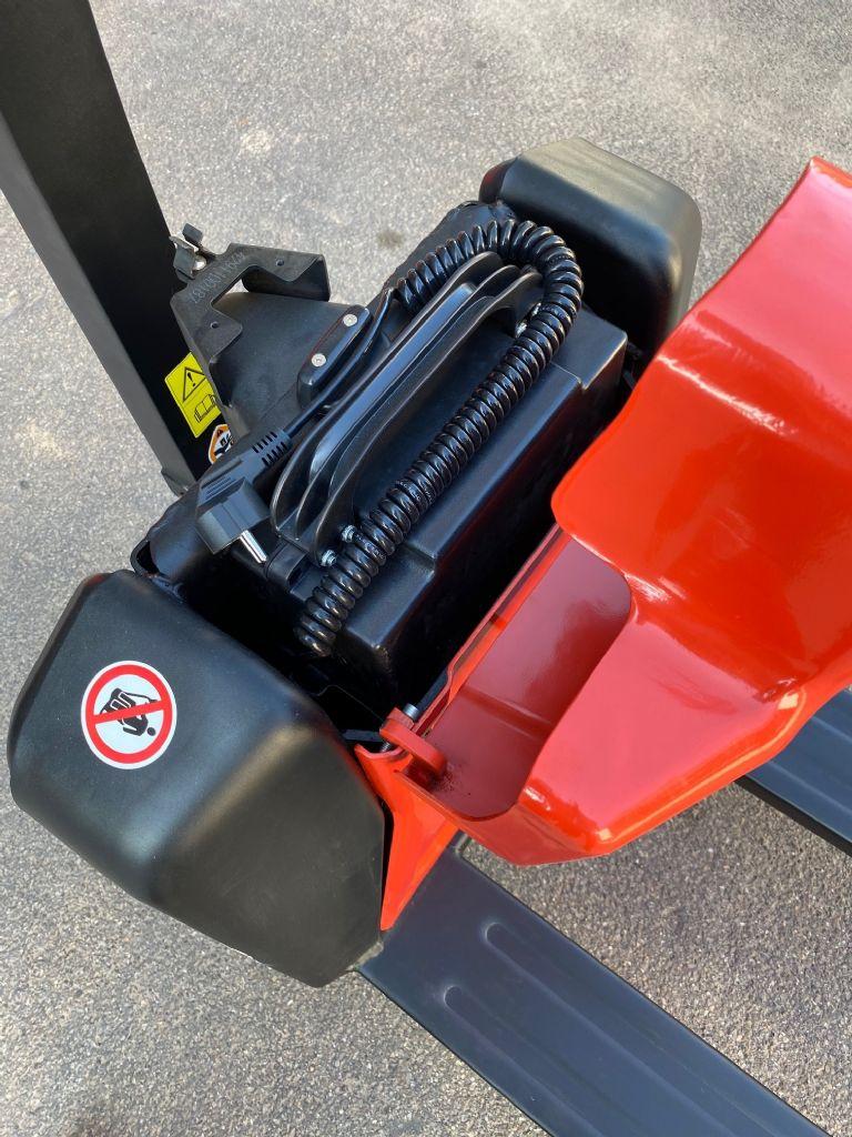 EP-EPL 154 -Niederhubwagen-www.fleischmann-foerdertechnik.de