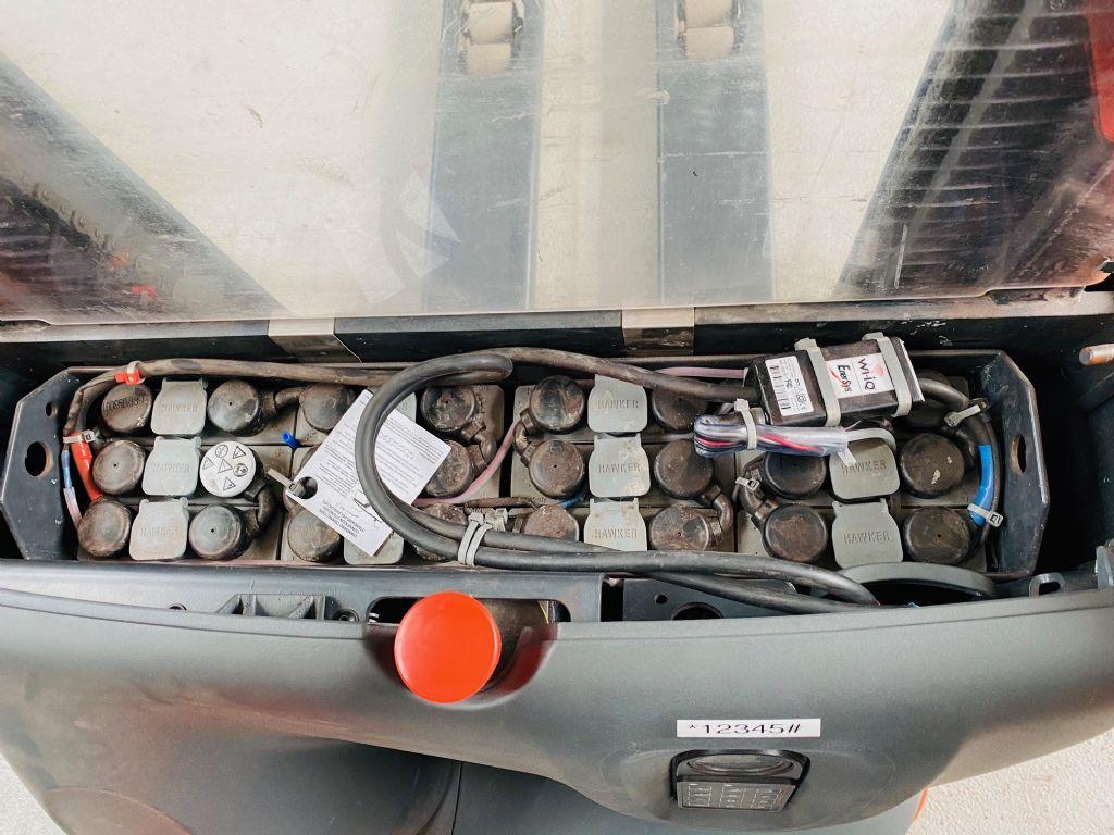 Linde-L 12 Batterie Bj.17-Hochhubwagen-www.fleischmann-foerdertechnik.de