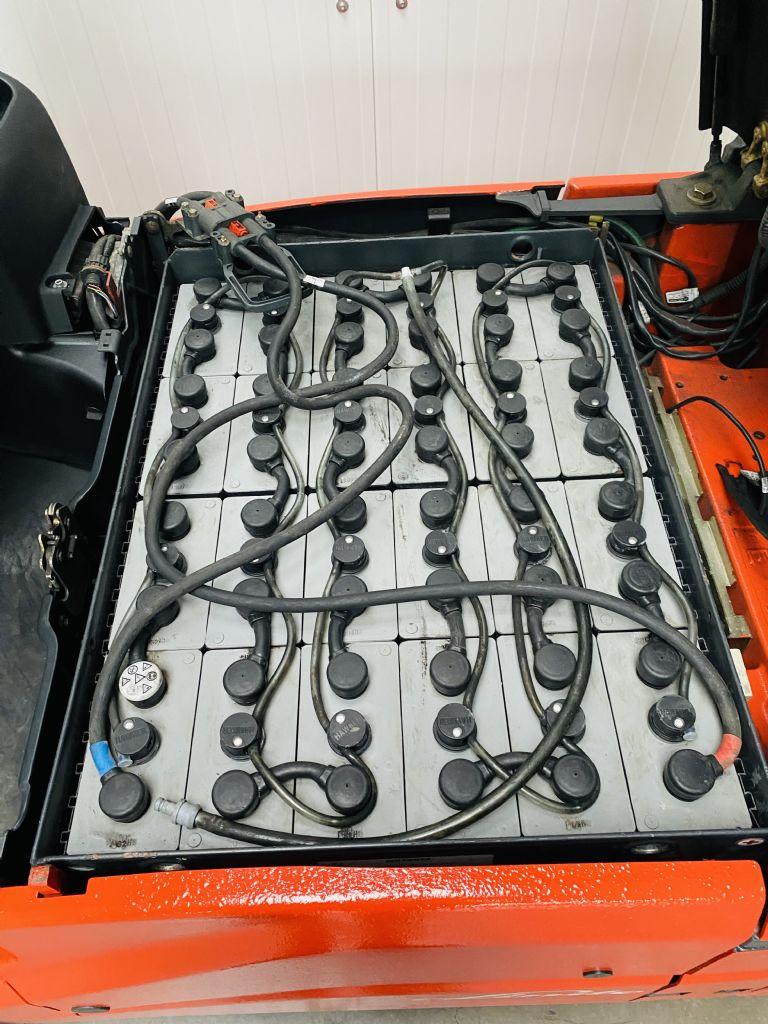 Linde E 16-01 Triplex Batterie Bj.16 Elektro 3 Rad-Stapler www.mr-staplerservice.de