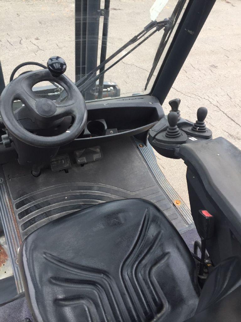 Linde-H 25 D-Dieselstapler-www.fleischmann-foerdertechnik.de
