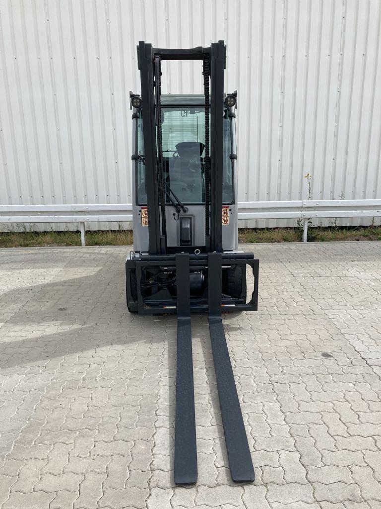 Still RX 70-30 H / 6147 Std. Dieselstapler www.forkliftcenter-bremen.de