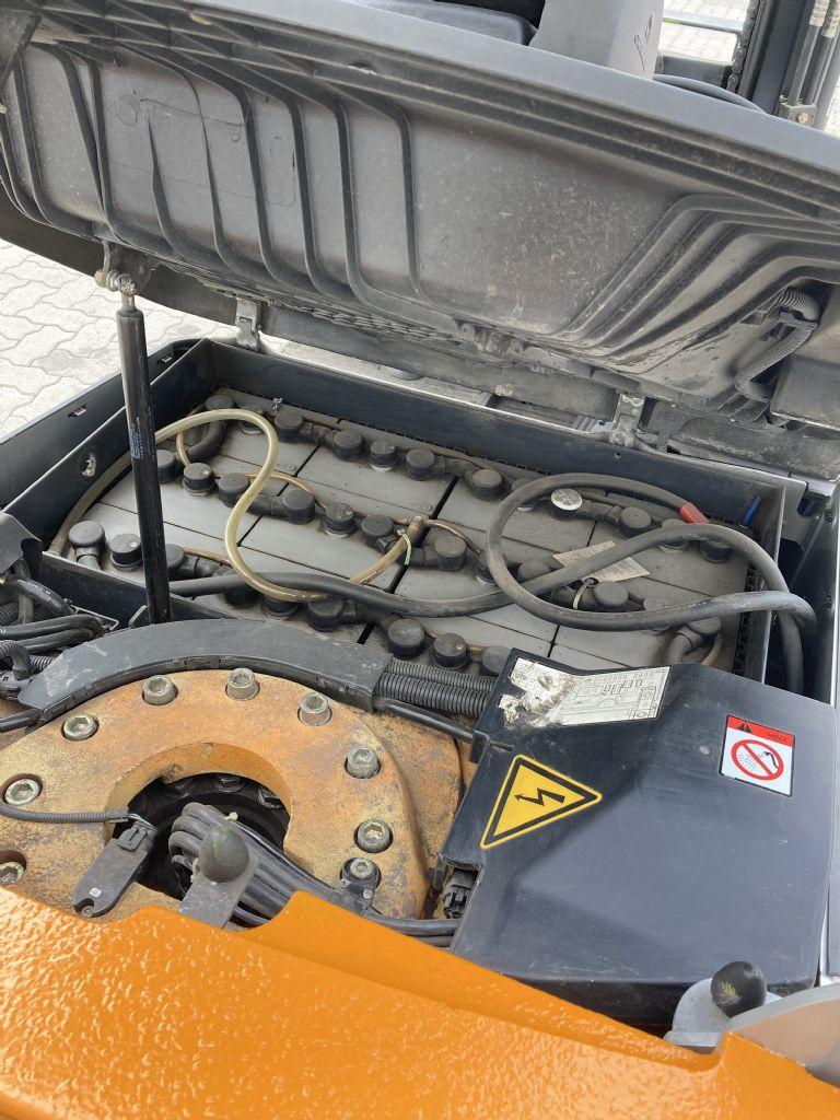 Still RX 50-15 / 6103 Std. Elektro 3 Rad-Stapler www.forkliftcenter-bremen.de