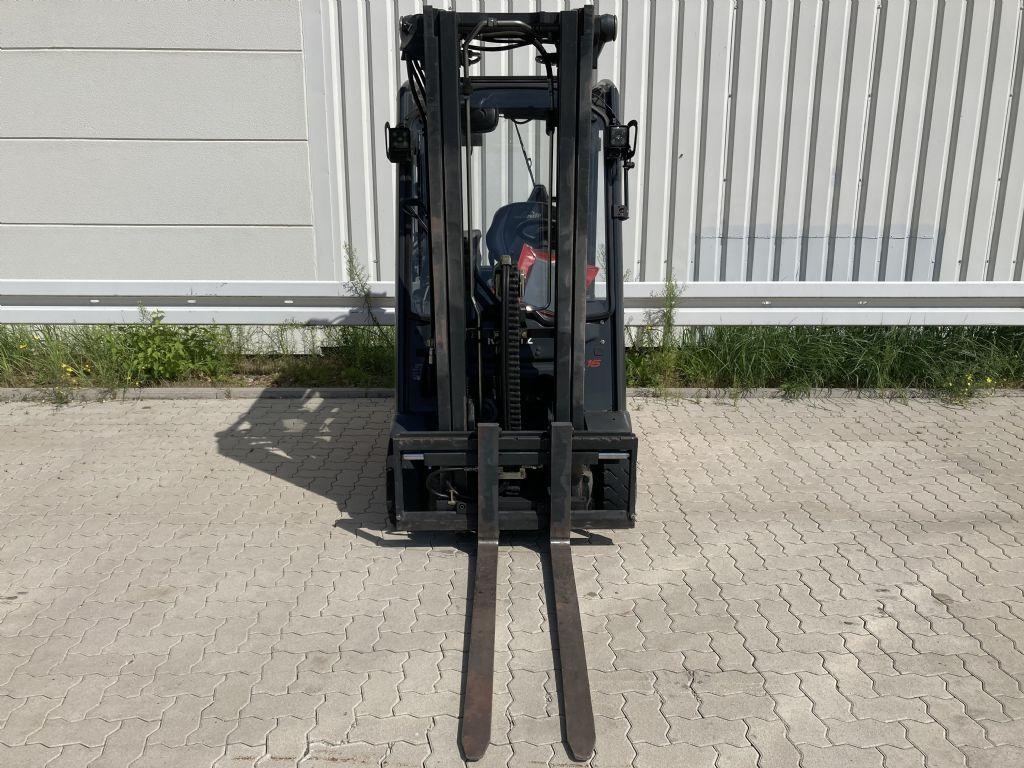 Linde E 16-02 / 7992 Std.  Elektro 3 Rad-Stapler www.forkliftcenter-bremen.de
