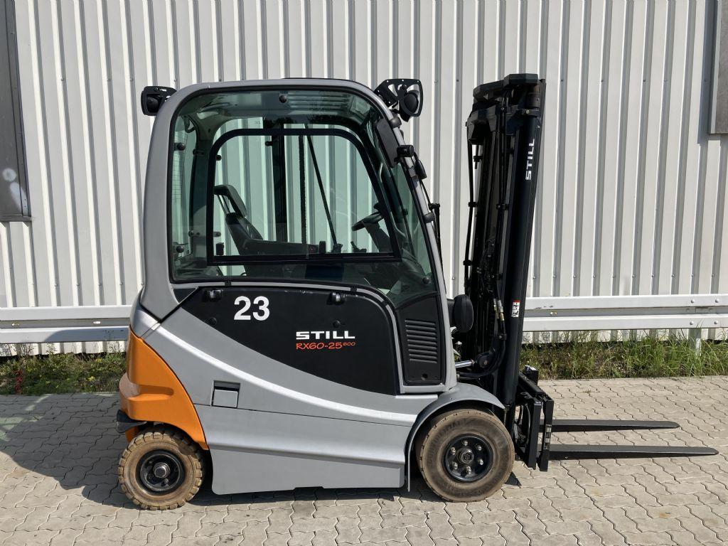 Still RX 60-25 / 8456 Std. Elektro 4 Rad-Stapler www.forkliftcenter-bremen.de