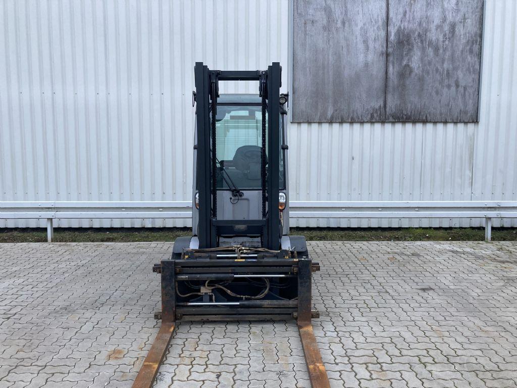 Still RX 60-40 / 8442 Std. Elektro 4 Rad-Stapler www.forkliftcenter-bremen.de