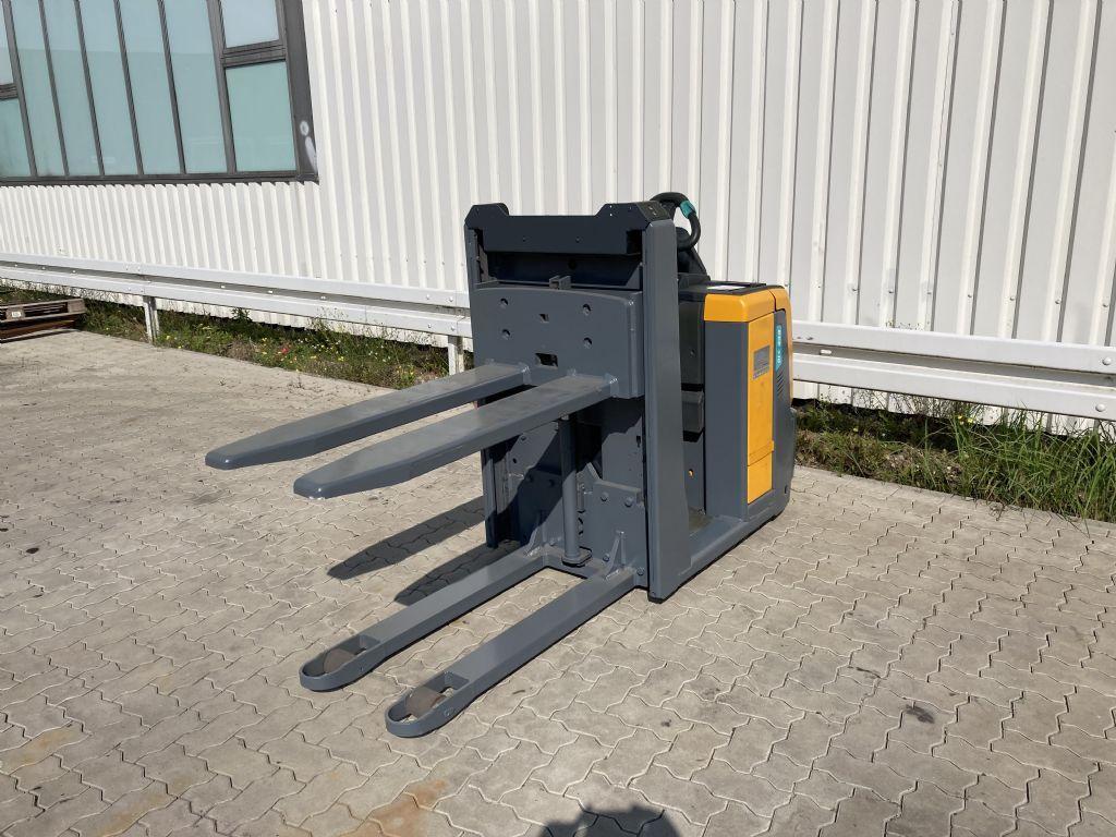 Jungheinrich ECE 310 Niederhubkommissionierer www.forkliftcenter-bremen.de