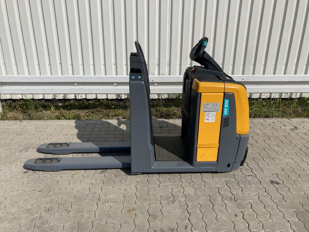 Jungheinrich-ECE 220 / 2012 Std. -Niederhubkommissionierer-www.forkliftcenter-bremen.de