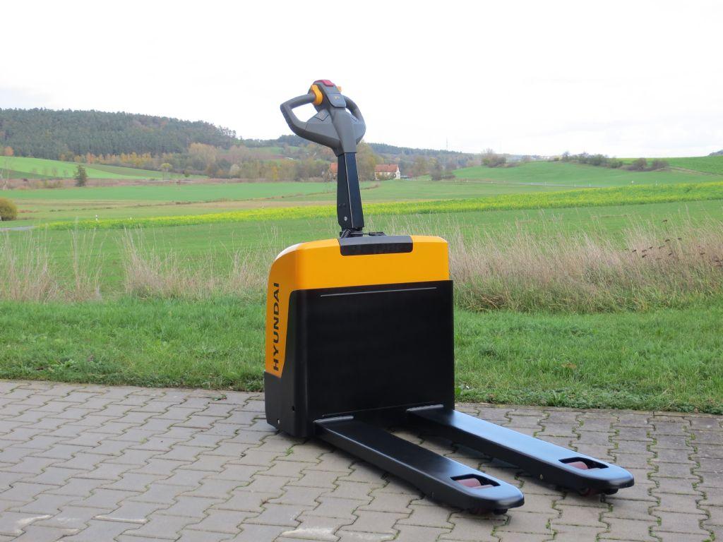 Hyundai 15EP Deichselstapler www.frantz-foerdertechnik.de