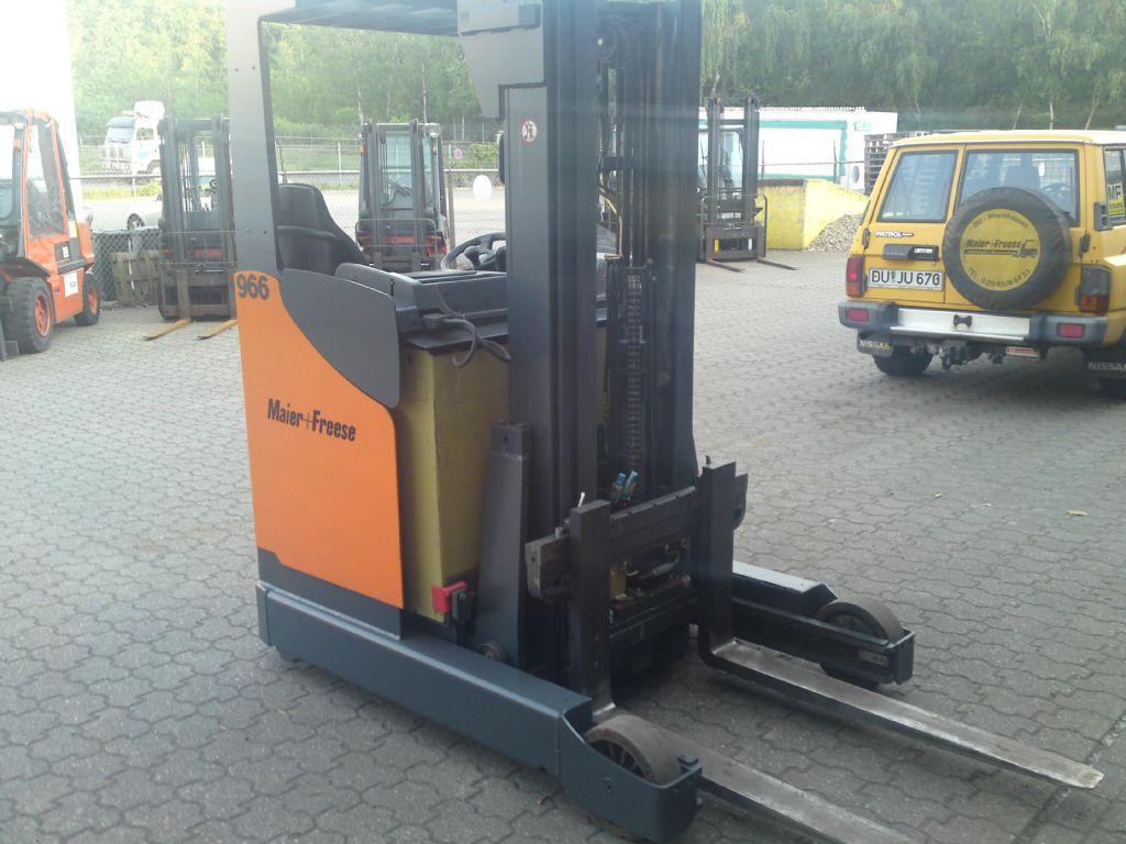Mic WRL14 Elektro-Schubmaststapler www.maier-freese.de