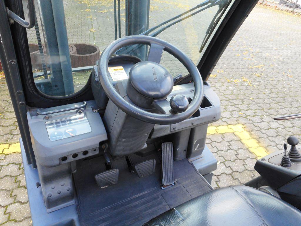 Nissan PD01A15PQ Treibgasstapler www.maier-freese.de