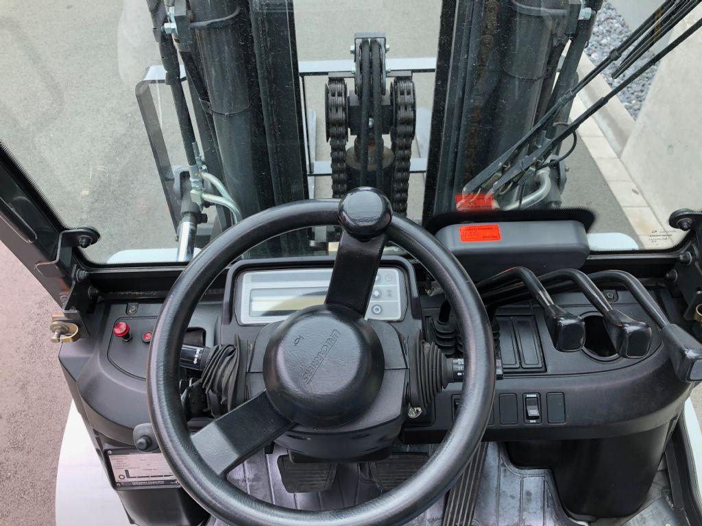 Nissan-GX50-Treibgasstapler-www.frenz-gabelstapler.de