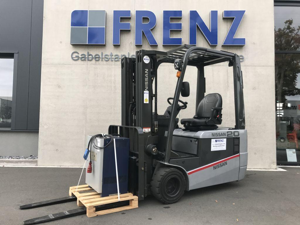 Nissan-TX 20-Elektro 3 Rad-Stapler-www.frenz-gabelstapler.de