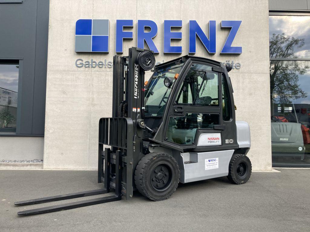 UniCarriers-DX30-Treibgasstapler-www.frenz-gabelstapler.de