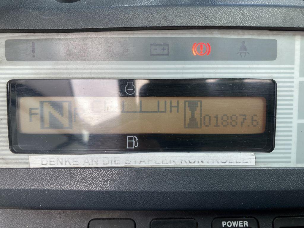 UniCarriers-U1D2A25LQ-Treibgasstapler-www.frenz-gabelstapler.de