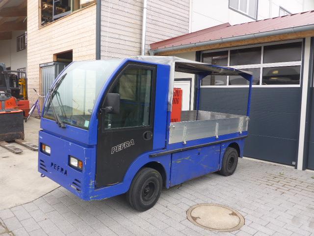 Pefra-640-Elektro Plattformwagen-www.stapler-graf.de