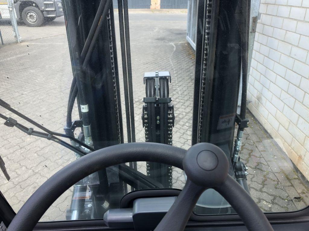 Doosan D30S-7 Dieselstapler www.graf-gabelstapler.de