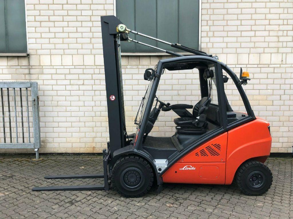 Linde H30D-01 Dieselstapler www.graf-gabelstapler.de