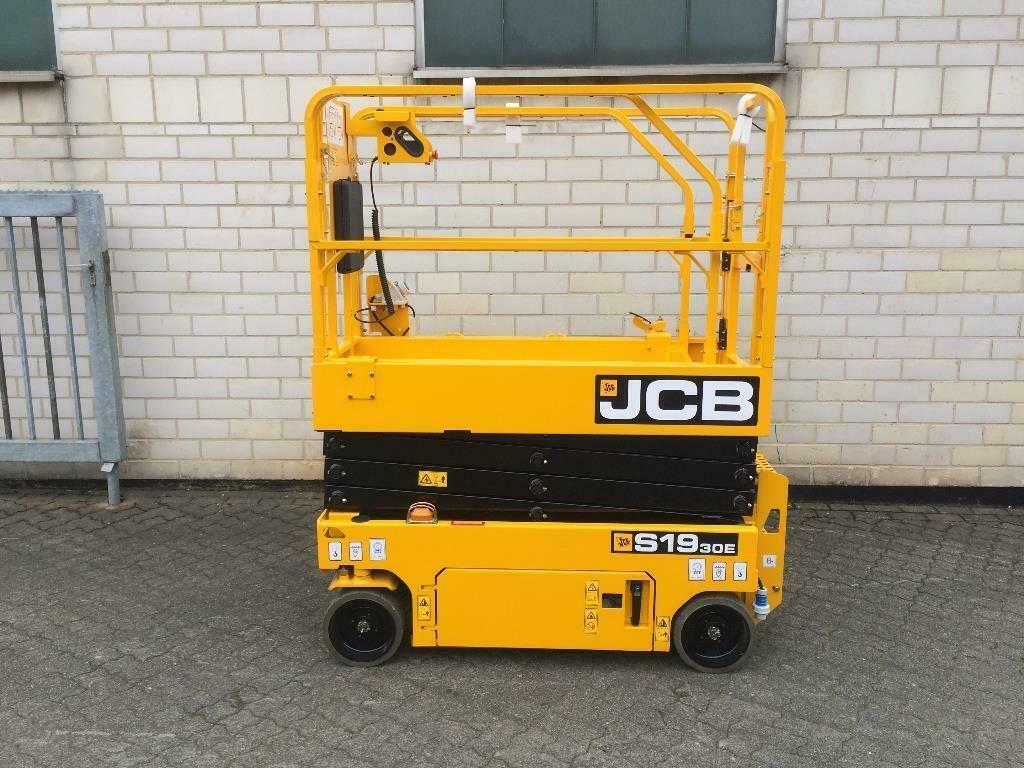 JCB S1930E Scherenarbeitsbühne www.graf-gabelstapler.de