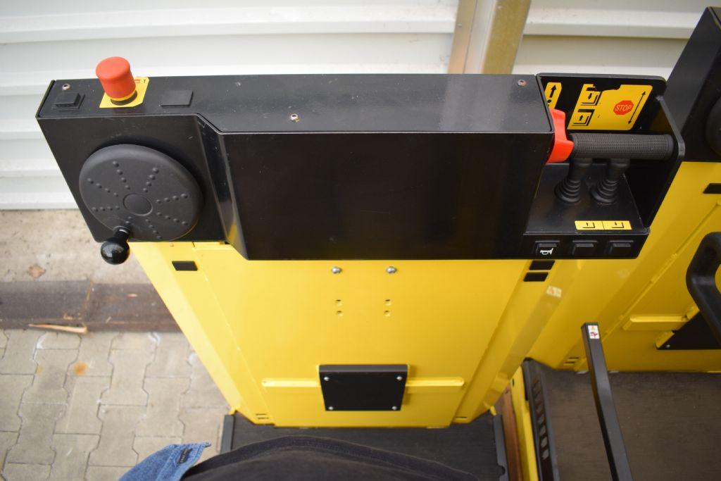 Hyster K1.0 L Schmalgangstapler www.gs-gabelstapler.de