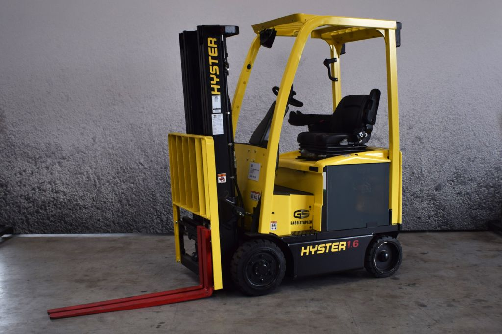 Hyster E 1.60 XN Elektro 4 Rad-Stapler www.gs-gabelstapler.de