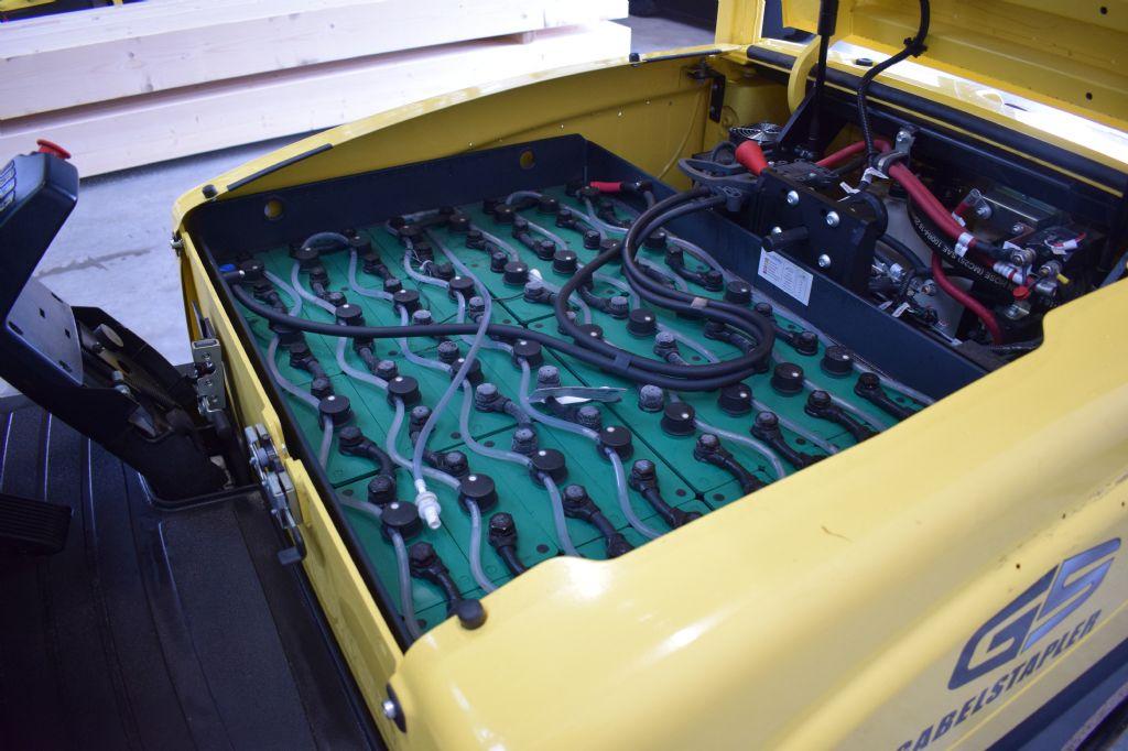 Hyster J 2.50 XN Elektro 4 Rad-Stapler www.gs-gabelstapler.de