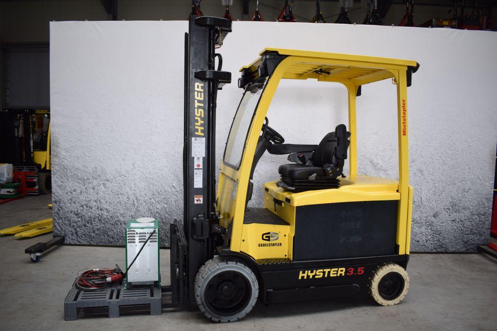 Hyster-E 3.5 XN-Elektro 4 Rad-Stapler-www.gs-gabelstapler.de