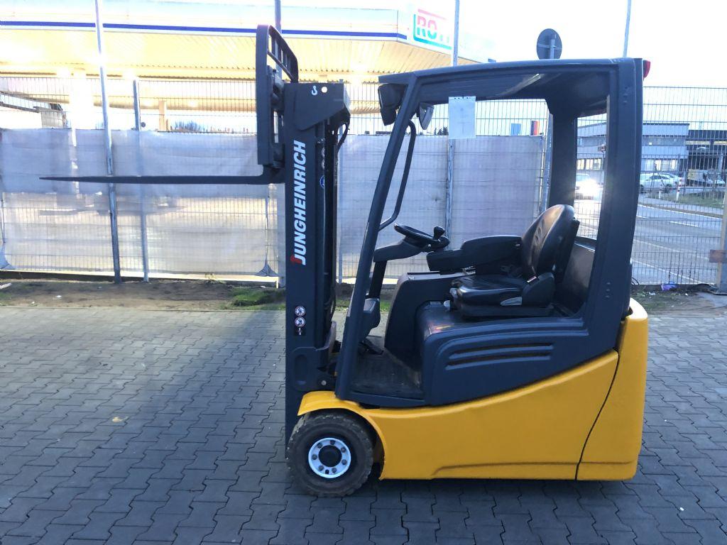Jungheinrich EFG 216k Baujahr 2013 HH3000 /Stunden 15447 Elektro 3 Rad-Stapler www.gst-logistic.com