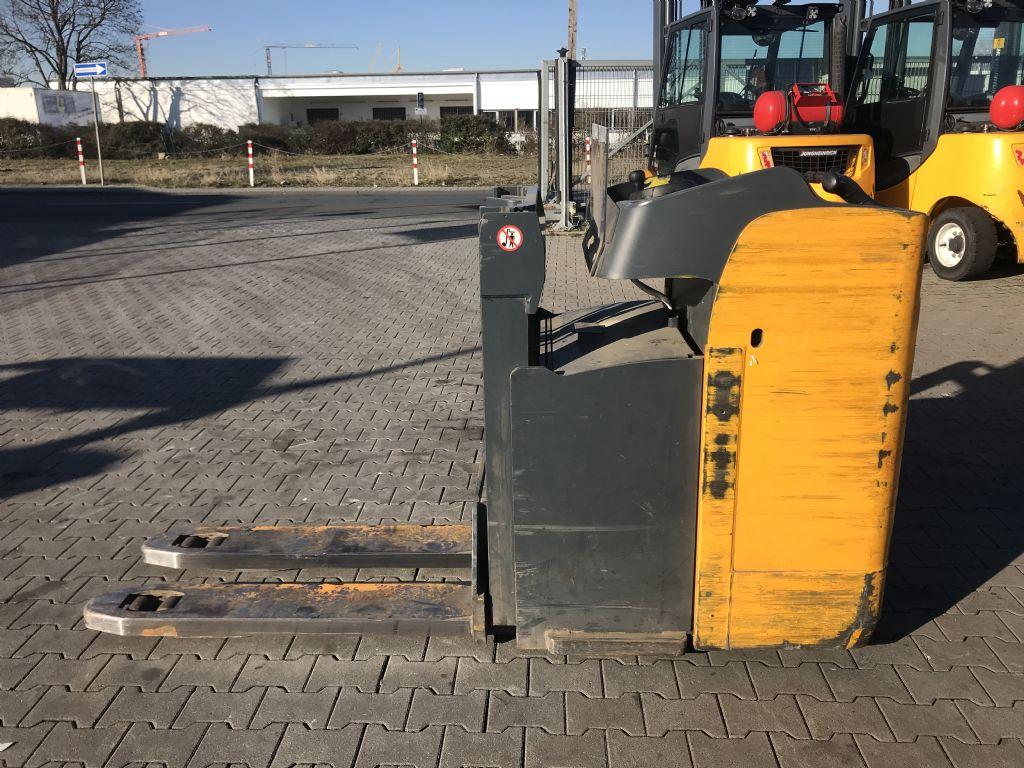 Jungheinrich ESD 120 Baujahr 2012 Betriebsstunden 3989 Hochhubwagen www.gst-logistic.com